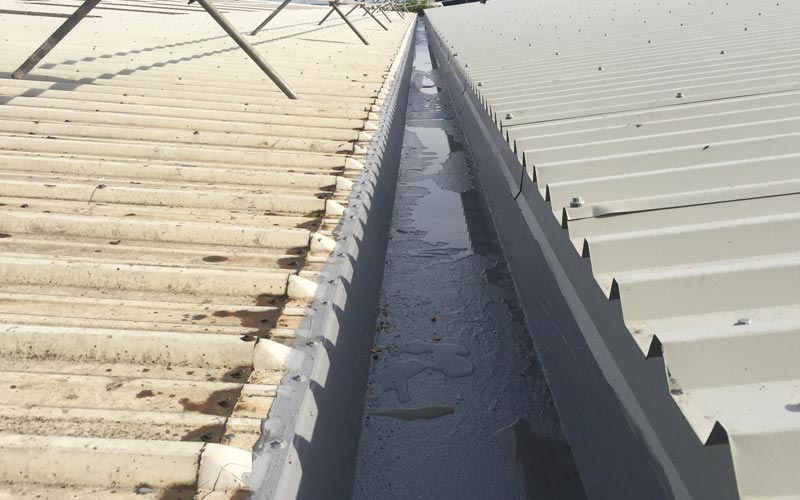 Giromax Delcote HPG applied to long industrial gutter