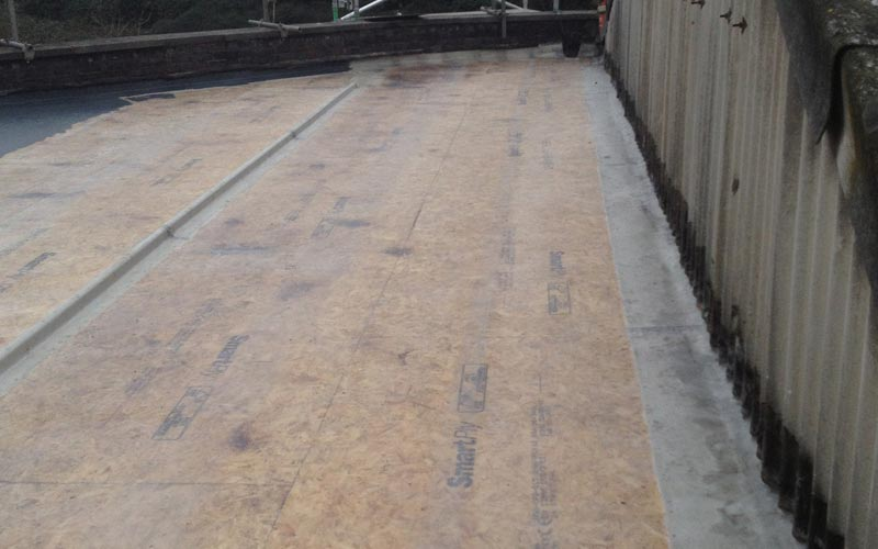 Flatroof boarded out with OSB3 boards