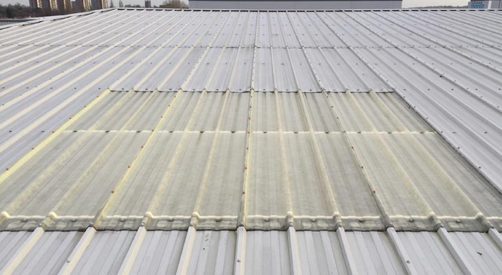 Industrial rooflight with incorrect fixings