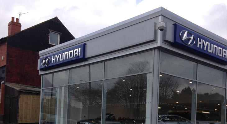 Front view of the showroom extension with Kingspan Microrib composite panels installed