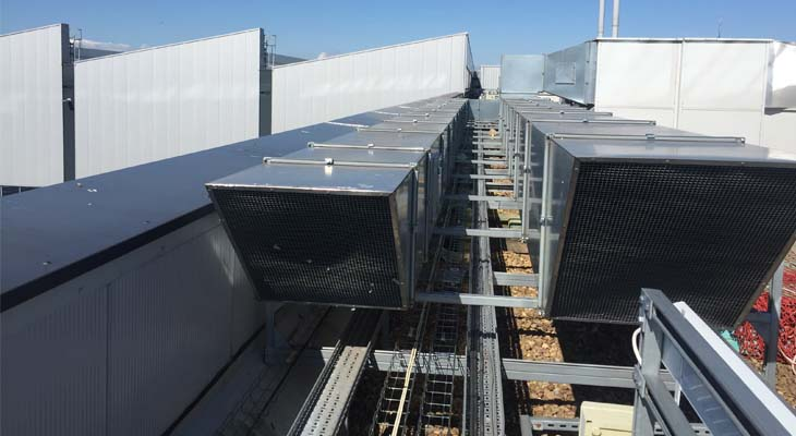 Flat roof plant and equipment