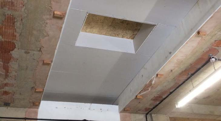 Internal structural boards installed with insulation