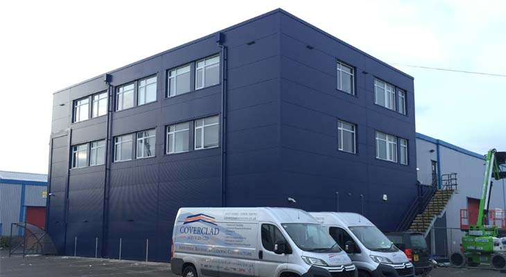 Kingspan wall cladding installation in London