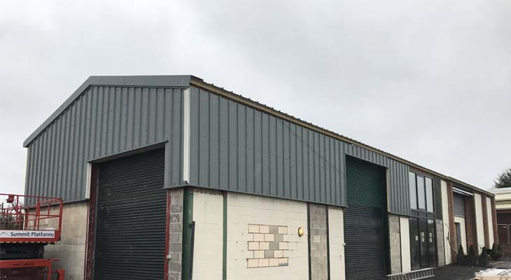 Kingspan wall cladding being installed to equestrian veterinary unit